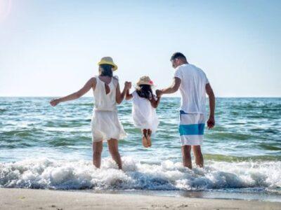 rodzina-nad-morzem-coaching-rodzicielski